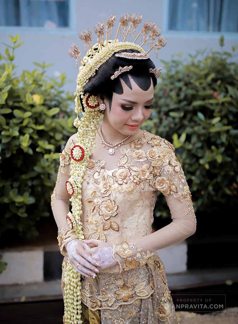 Rias gaya Jogja Putri